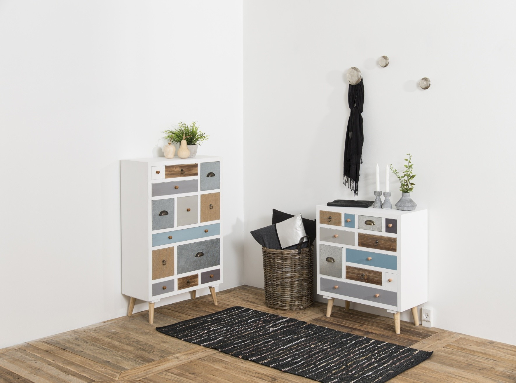 24Designs Ladekast Finn - 13 Laden - 70x30x114 - Multikleur