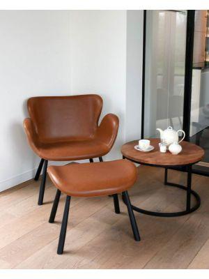 24Designs Kirsten Lounge Fauteuil met Hocker - Bruin Kunstleer