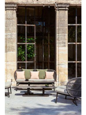 Vincent Sheppard Kodo 2.5 zits Outdoor Lounge Bank - Almond - Inclusief Kussenset