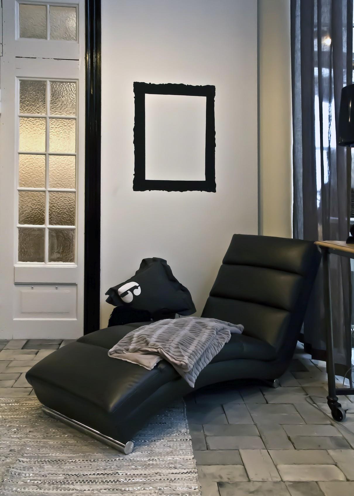 24Designs Relax Fauteuil Sneaky - Zwart Kunstleer