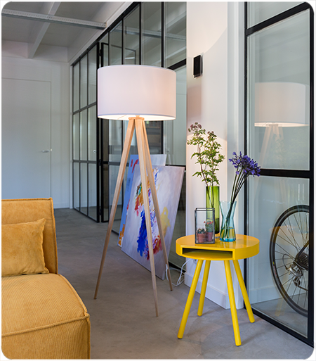 Zuiver Vloerlamp Tripod Hout - Hoogte 151 Cm - Witte Lampenkap